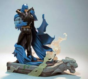 Batman: Hush Kissing the Knight statue designed by Jim Lee