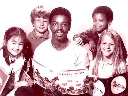 Levar Burton shares the joy of reading on Reading Rainbow.