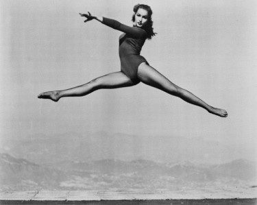 Julie Newmar does Ballet