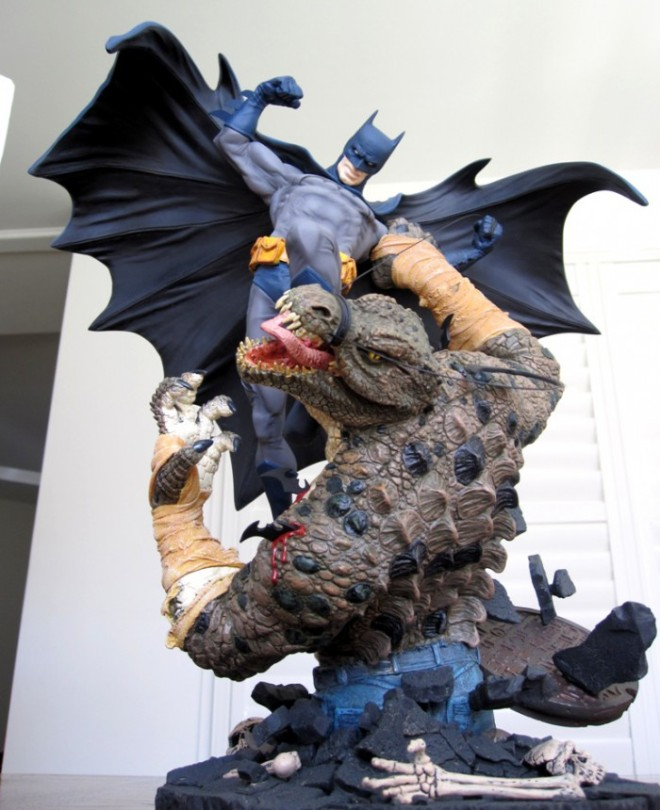 batman_vs_killer_croc_statue_DC_direct5