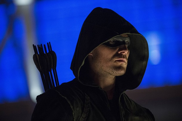 "Arrow Review – ""The Calm"" S3E1"