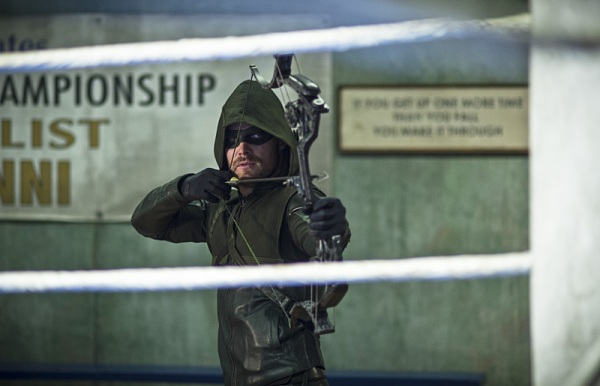 Oliver Queen is super jelly of Ted Grant training his ex-girlfriend.