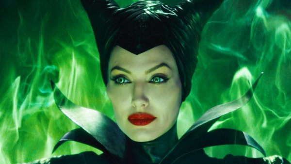 maleficent-best-of-2014-family-film-runner-up.jpg