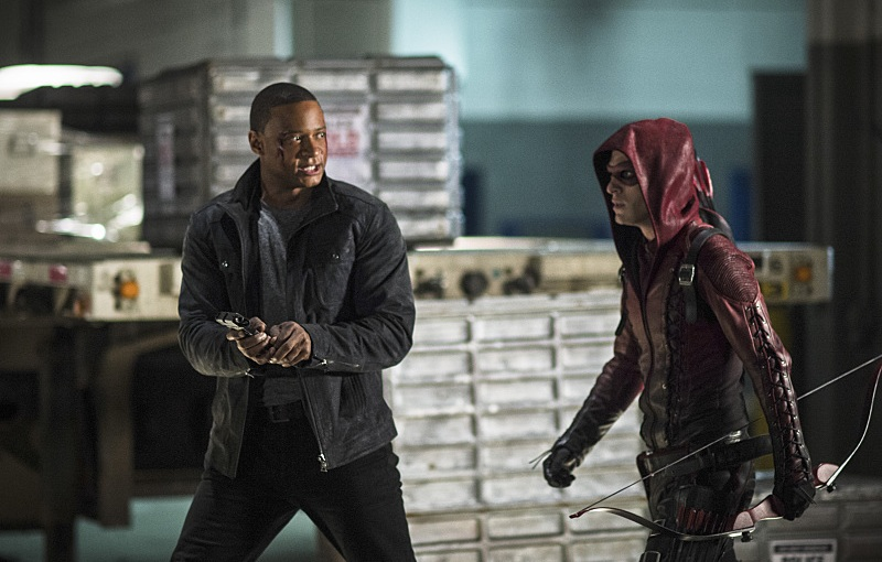 "Arrow Review – ""Left Behind"" S3E10"