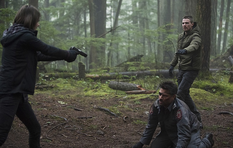 "Arrow Review – ""The Return"" S3E14"