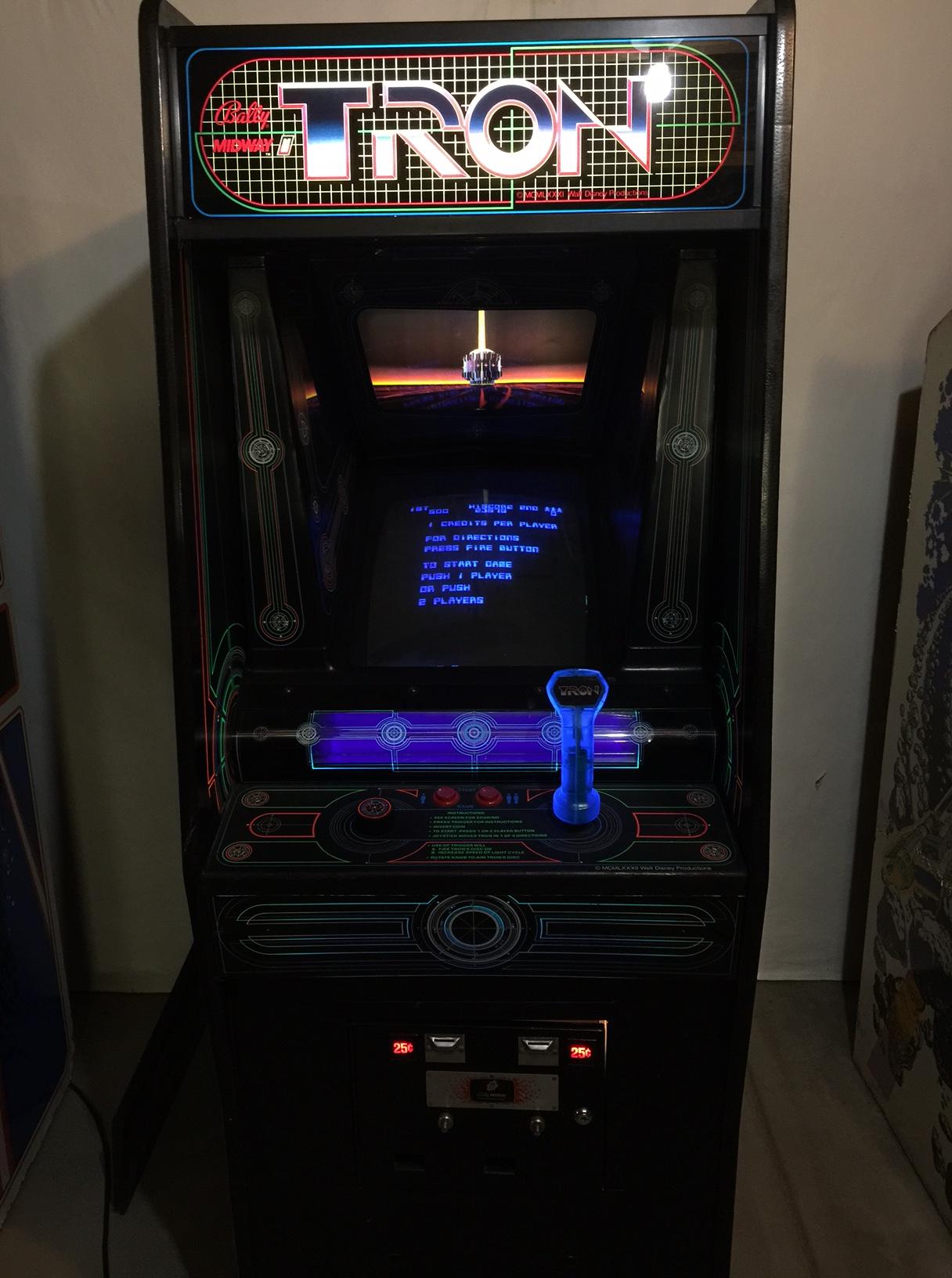 Classic Tron Arcade Game – Hush Comics