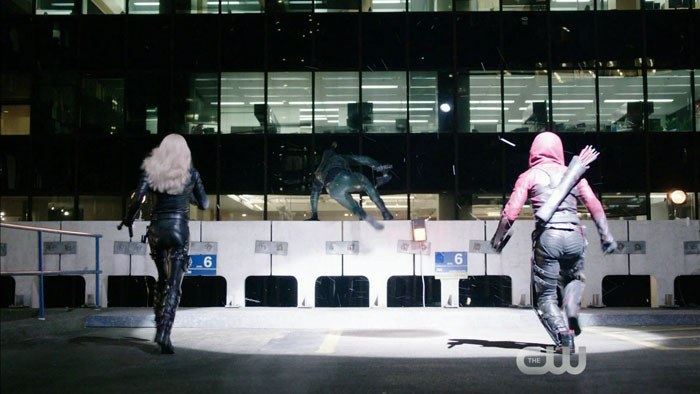 "Arrow Review – ""Public Enemy"" S3E18"