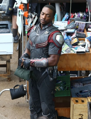 Captain America 3 Set Photo