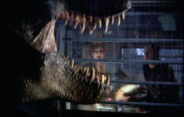 still-of-julianne-moore-in-the-lost-world--jurassic-park-(1997)-large-picture