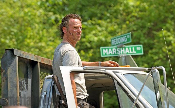 New Set Photos from 'The Walking Dead' Prove that Daylight is Creepy