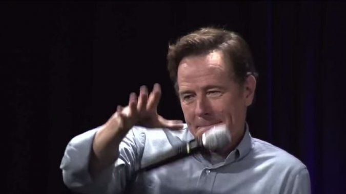 SDCC 2015 – Bryan Cranston Drops the Mic After Perfect 'Your Mom' Joke